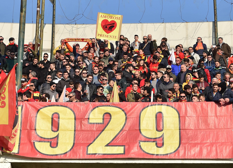 Derby di rigore tra Benevento e Salernitana: finisce in parità