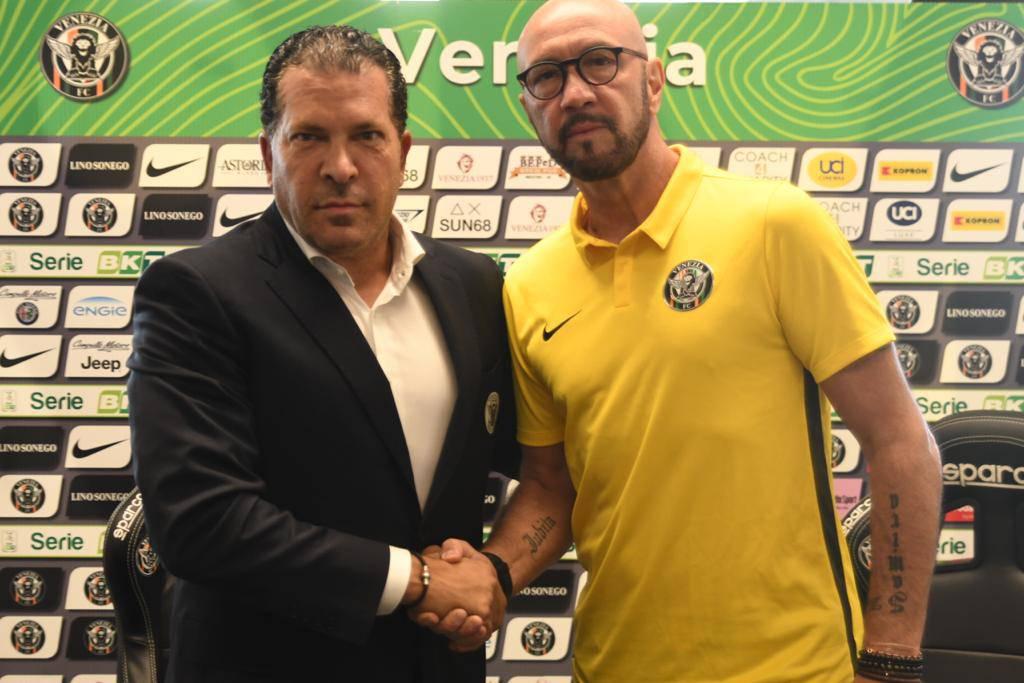 Serie B, da Suazo a Zenga: sedici cambi in panchina. Bucchi e Marino a rischio