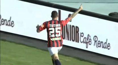 Cosenza agente Tutino Piscane Stefano Fiore Serie B Anastasio Palmiero Marco Firenze Crotone