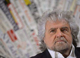 Beppe Grillo reddito cittadinanza