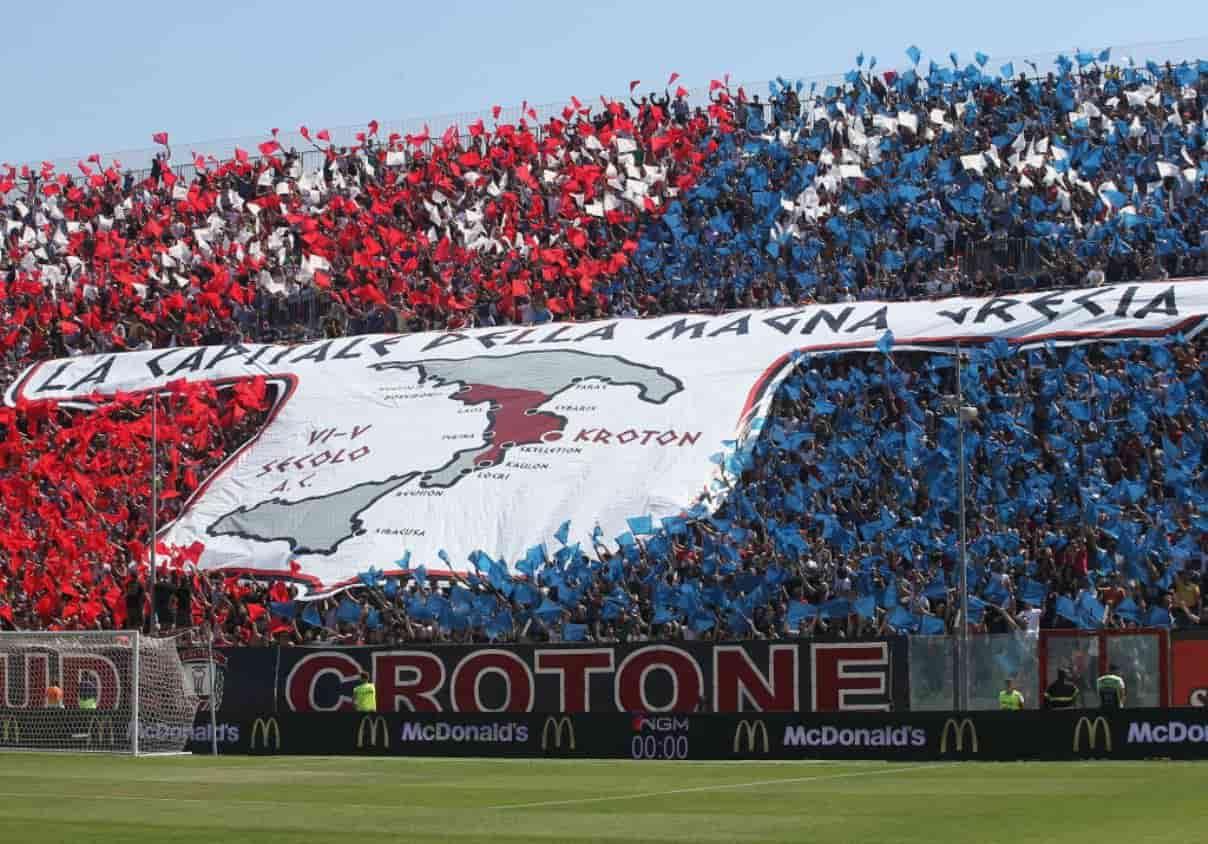 Calciomercato Crotone Maxi Lopez