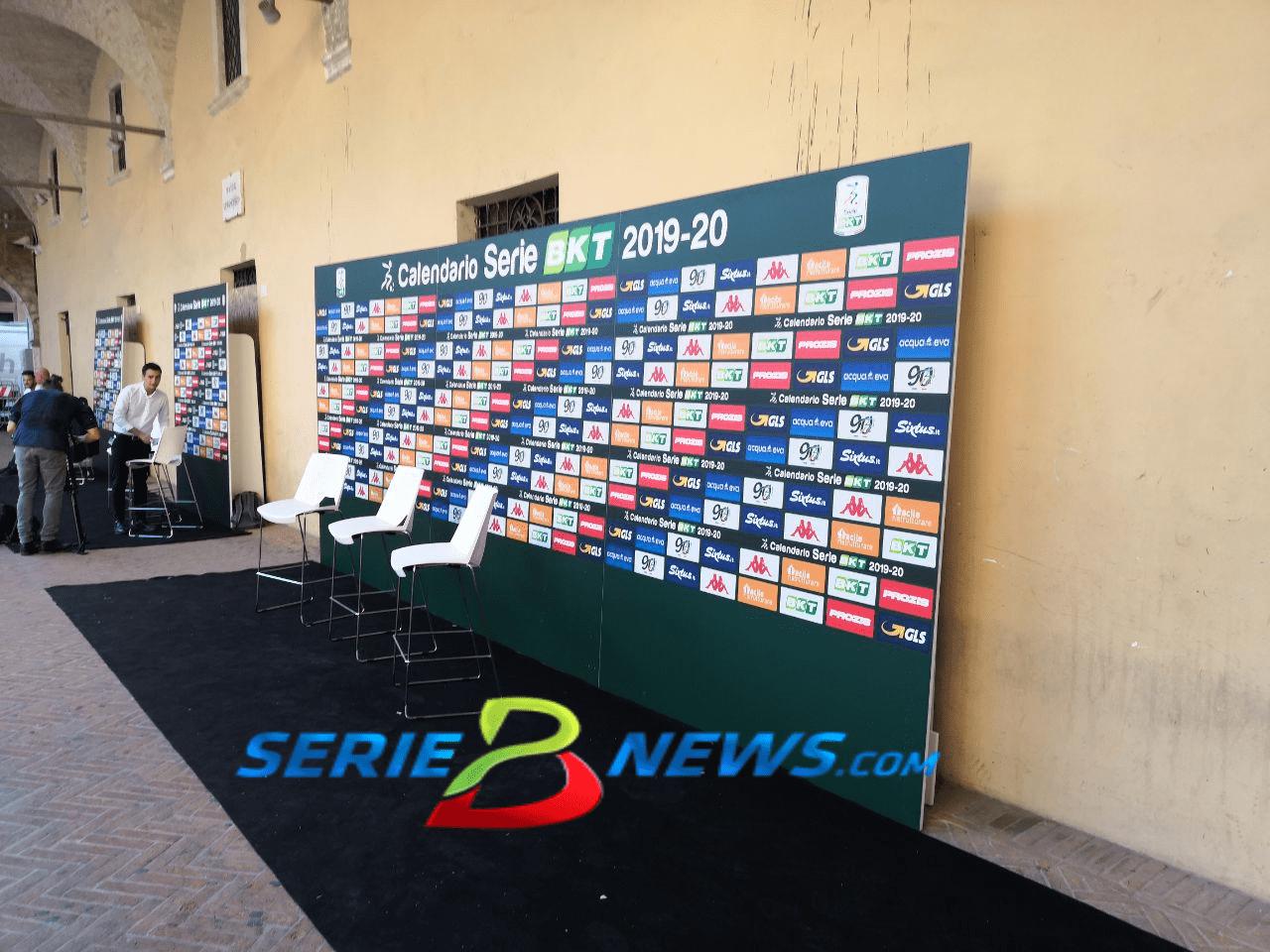 Calendario Serie A Seconda Giornata.Calendario Serie B Ecco Il Sorteggio Chievo Empoli Alla