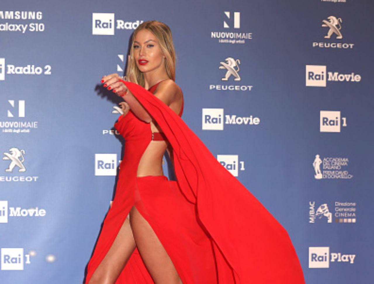 Taylor Mega, il video che fa impazzire i fan: in intimo su Instagram