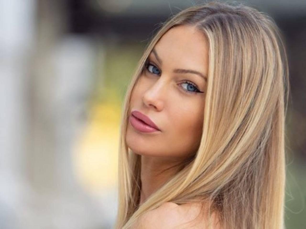 Taylor Mega esagerata: su Instagram in reggiseno e mutande - VIDEO