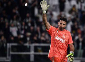 "Juventus, Buffon ricorda la Serie B: ""Restai per un motivo"""