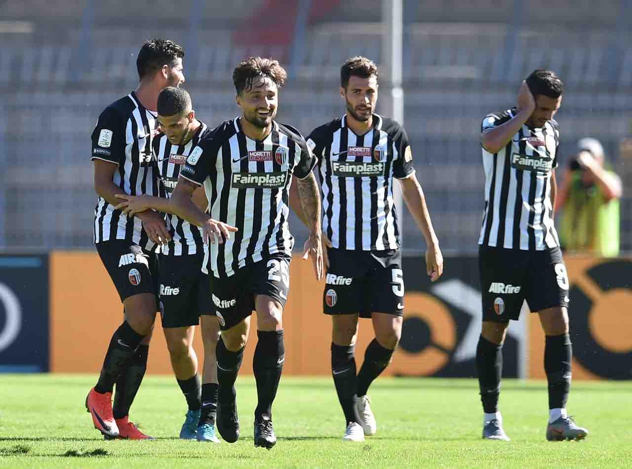 Calciomercato Ascoli Ardemagni Vicenza Frosinone Trotta Serie B