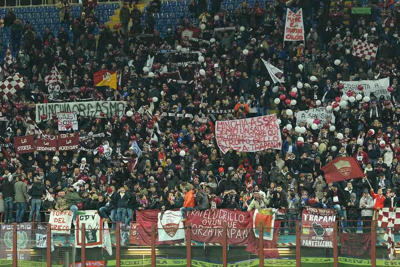Calciomercato Trapani caos società tifosi