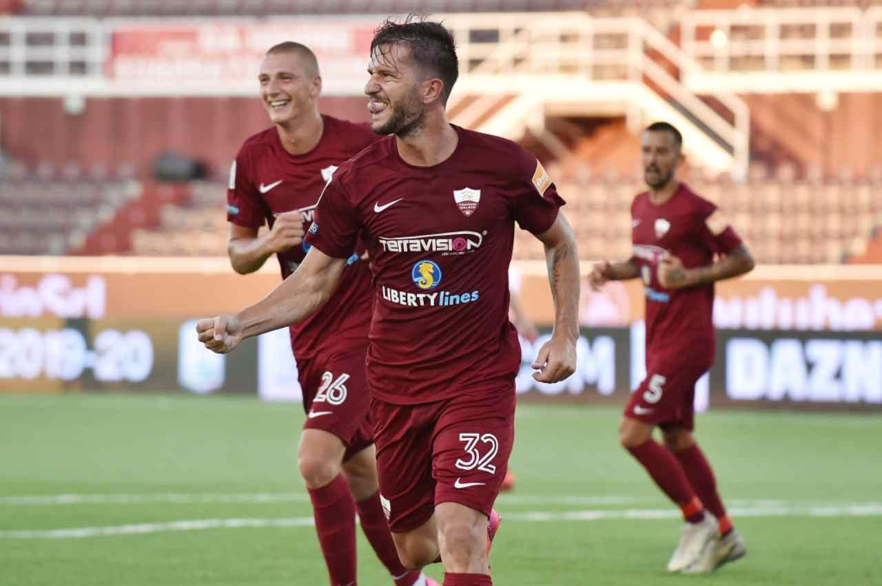 Calciomercato Lecce, Pettinari può partire: piace al Palermo