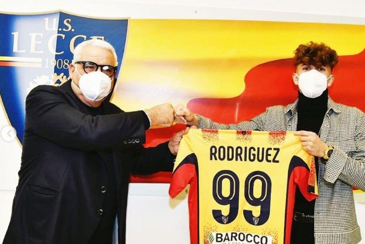 Pablo Rodriguez con la maglia del Lecce
