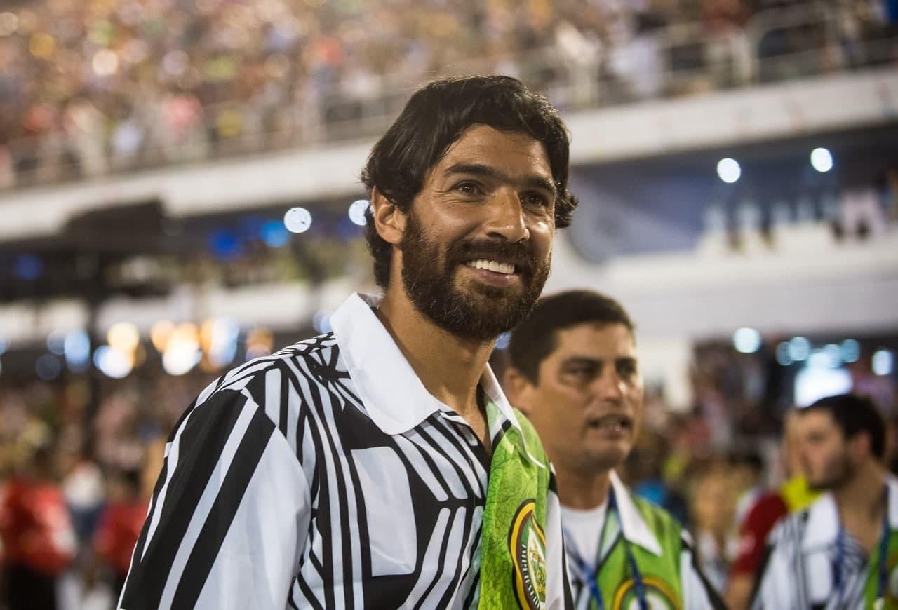 Calciomercato, Abreu non smette: firma a 44 anni!