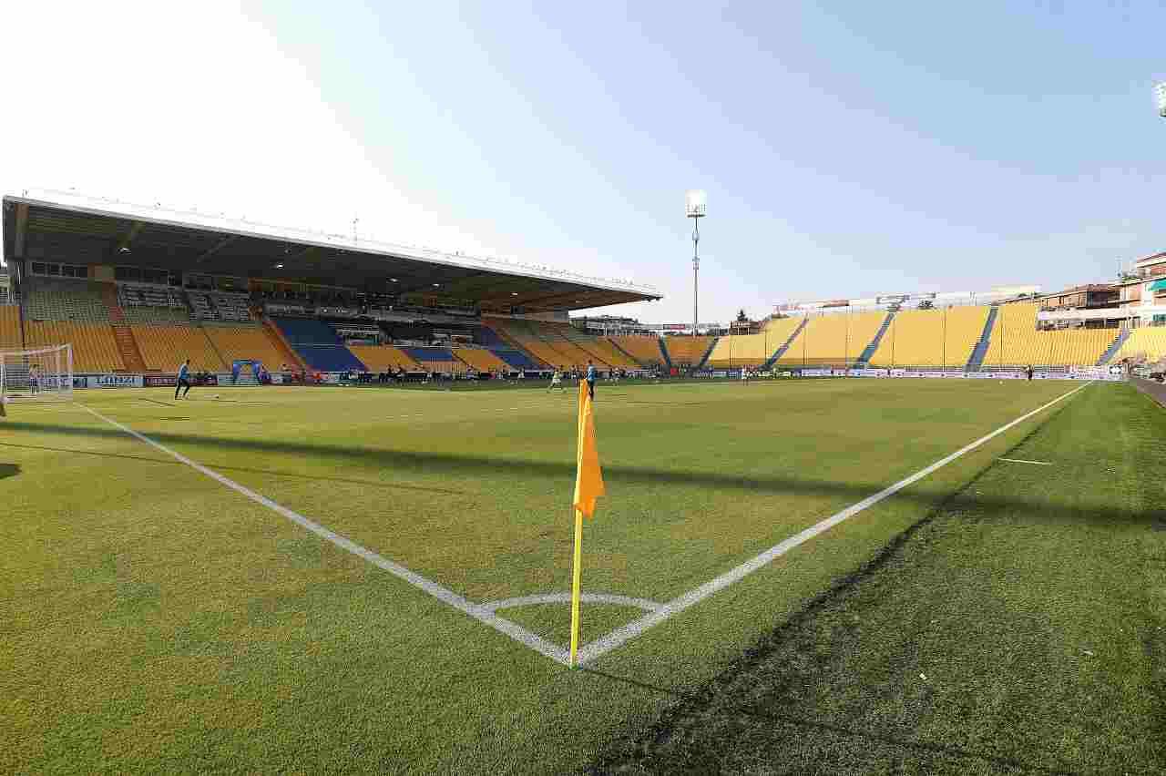Calciomercato Parma, addio ufficiale per Cyprien