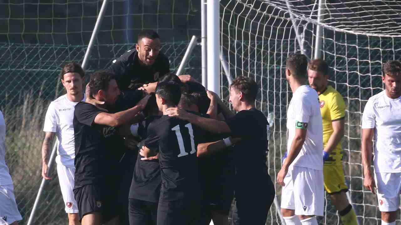 Pre-campionato 2021/22, amichevole Benevento-Reggina. La Strega festeggia il primo goal della gara, 29 luglio 2021. Foto © Maurizio Lagana/Getty Images.