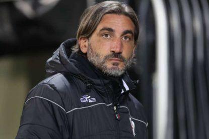 L'allenatore del Crotone, Francesco Modesto. Foto ©Getty Images.